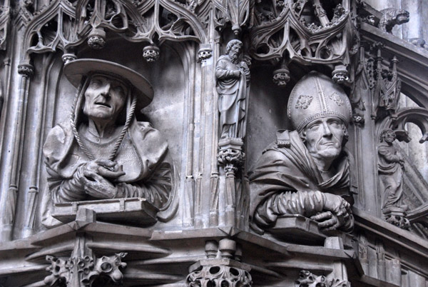 late-gothic-pulpit-with-carvings-of-the-original-four-doctors-of-the-church-st-jerome-on-the-left-and-st-ambrose-on-the-right