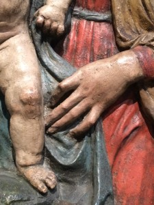 In the absence of a relevant illustration, please enjoy this beautiful hand, on a ceramic Madonna, in Berlin.