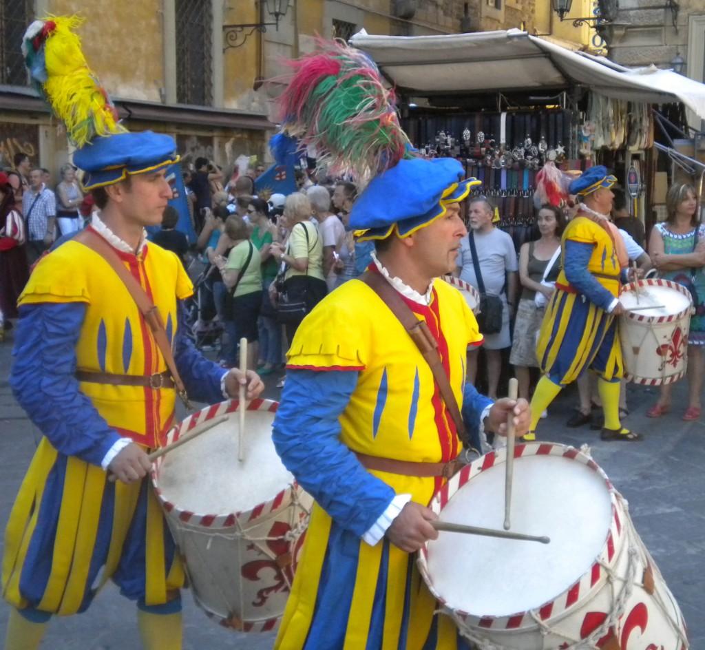 San-Lorenzo-Day-drum.jpg