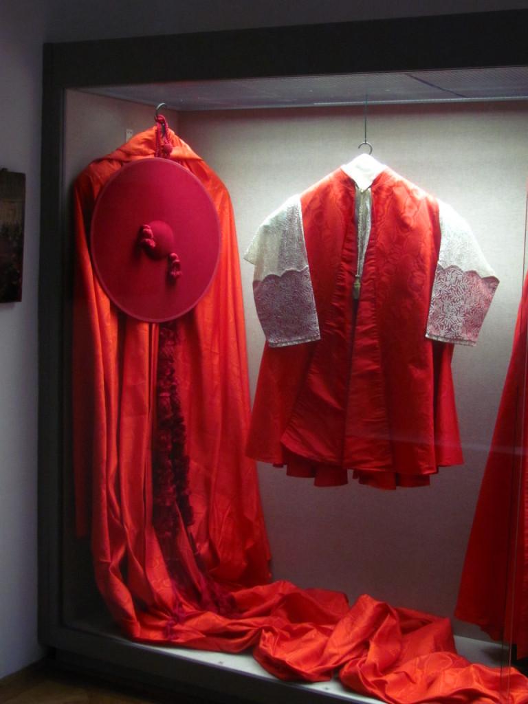 CardinalRobes